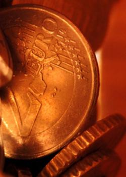 Zwei-Euro-Stücke in Nahaufname