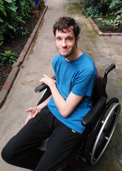 Ich im Rollstuhl